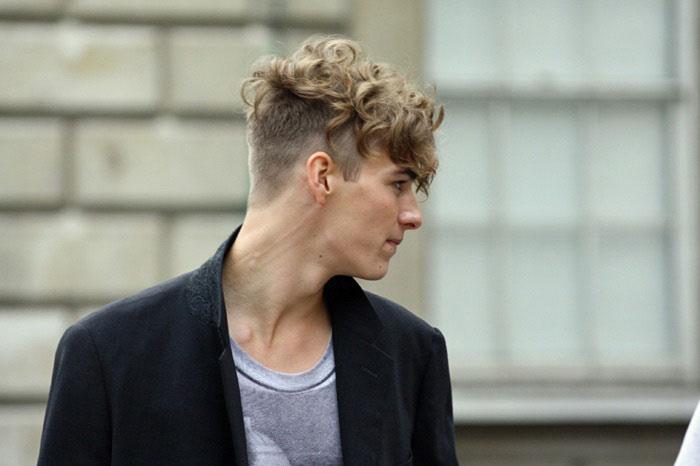 Tuyển chọn những kiểu tóc xoăn Undercut đẹp nhất cho nam giới